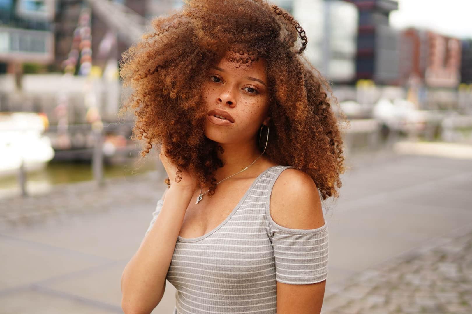 Cheveux afro Maison Bis à Nantes