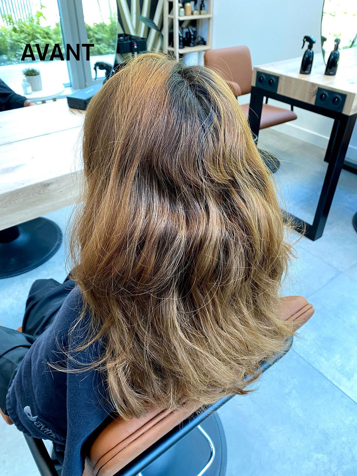 Une femme à Maison Bis avec des cheveux abîmés avant réalisation d'un ombré hair